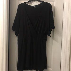 Torrid size 4 shirt
